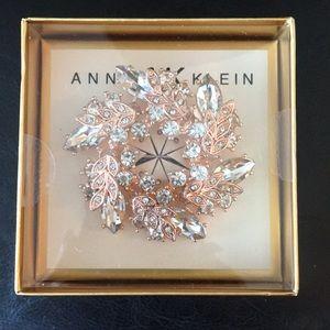 Boxed Anne Klein Rose Gold & Crystal Wreath X-mas